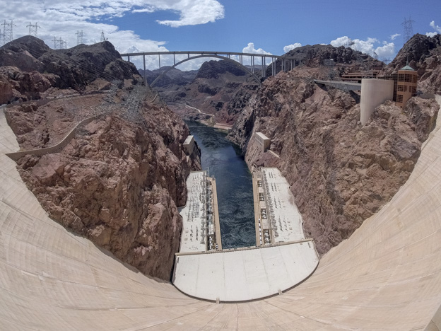 Hoover Dam wide shot from the top to the dridge
