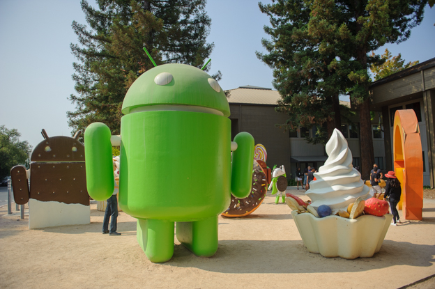 Android statues-1